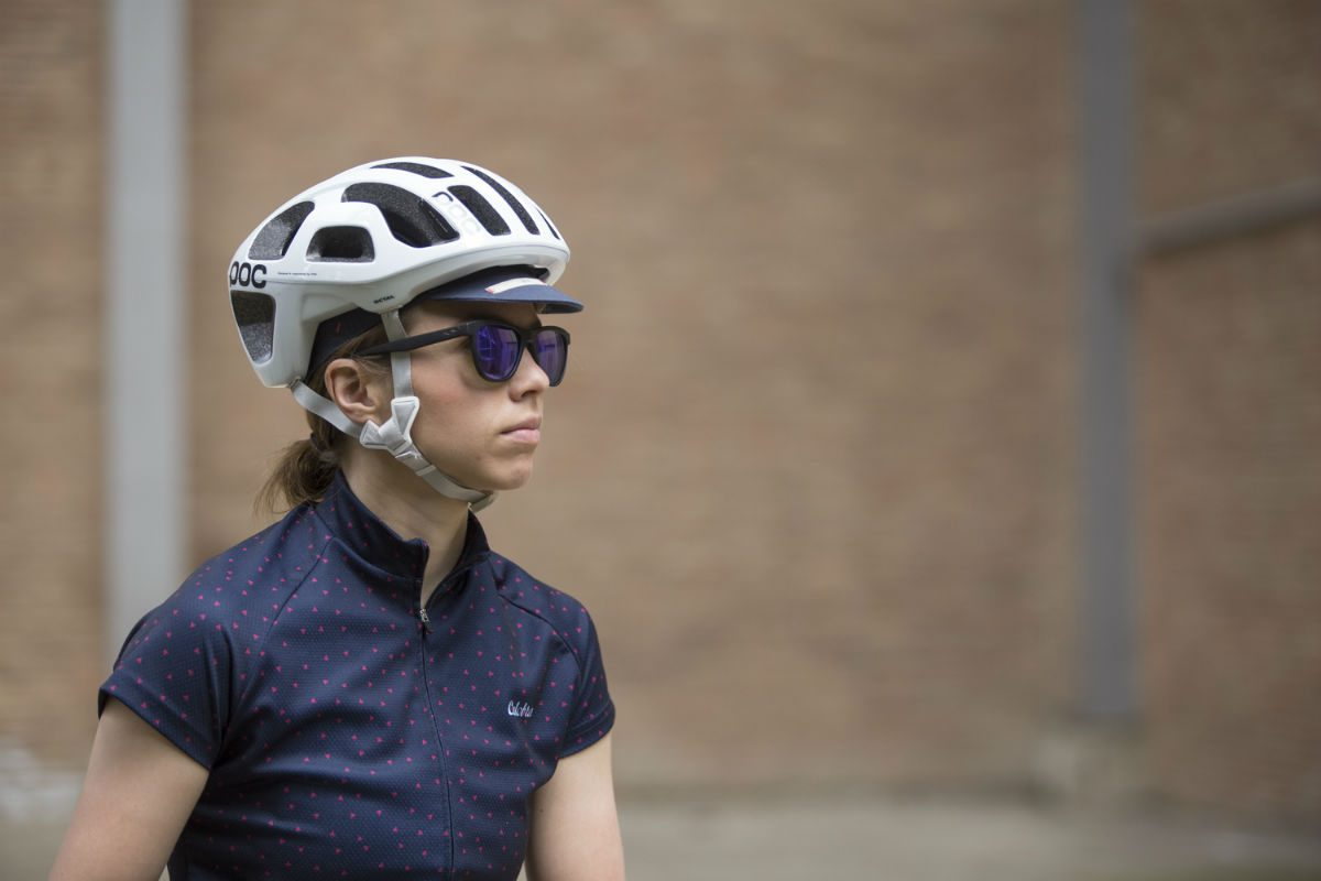 More vents in your helmet means more cold in frigid conditions or with an early morning start. The solution? A cycling cap!