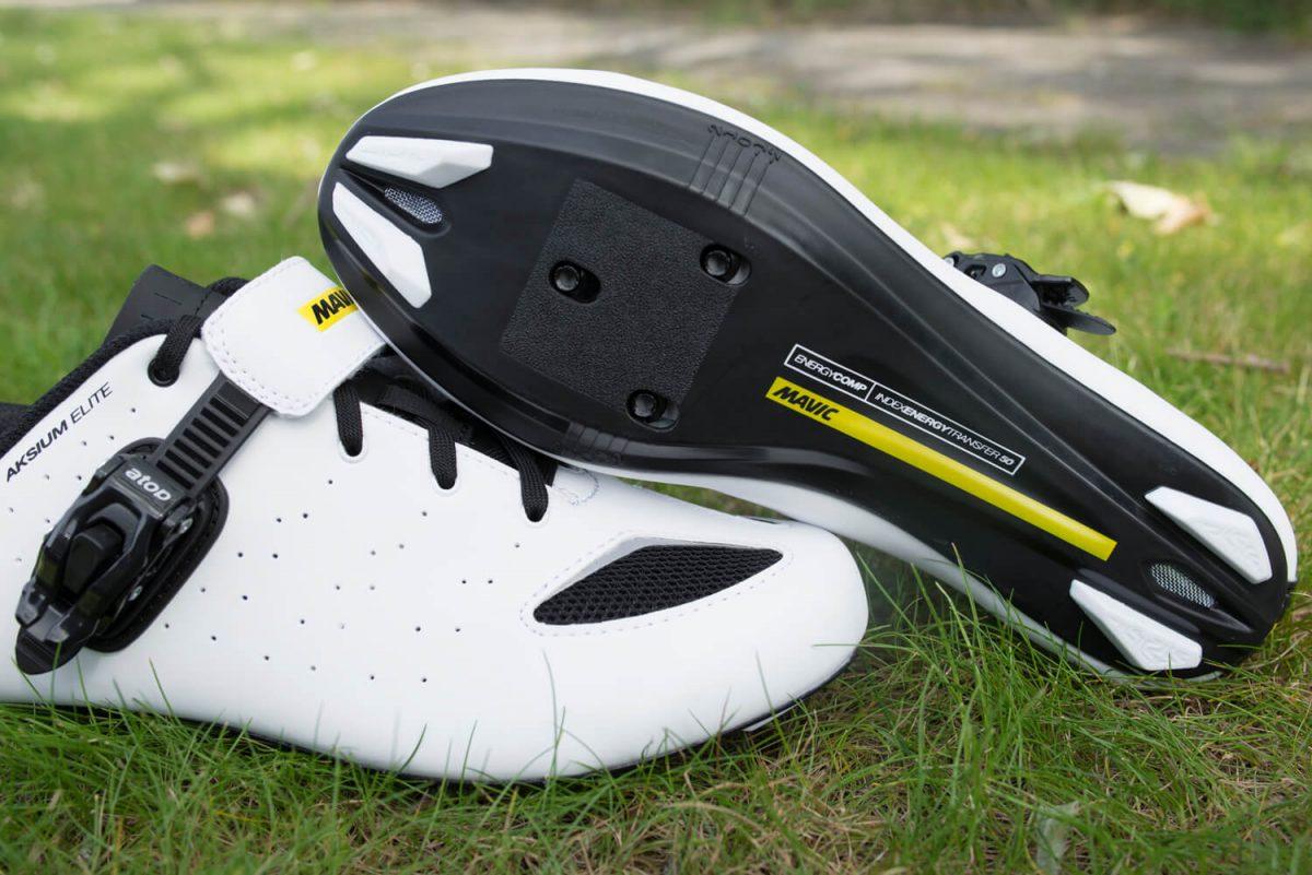 Der Aksium Elite hat einen extra Ratschenverschluss um die Schuhe auch während der Fahrt einstellen zu können.