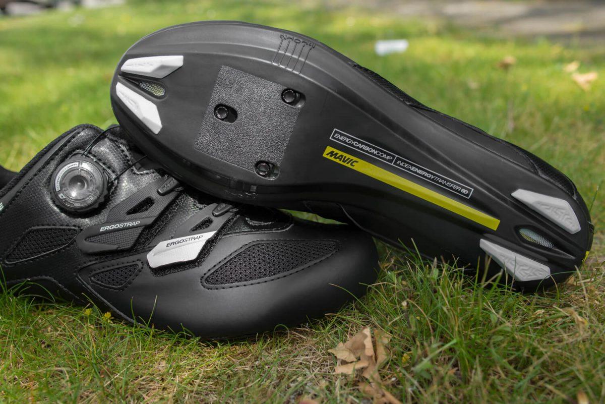 De Mavic Cosmic Elite is een stap omhoog in het Mavic racefietsschoenen segment. De carbon zool zorgt voor een laag gewicht en ultieme stijfheid.
