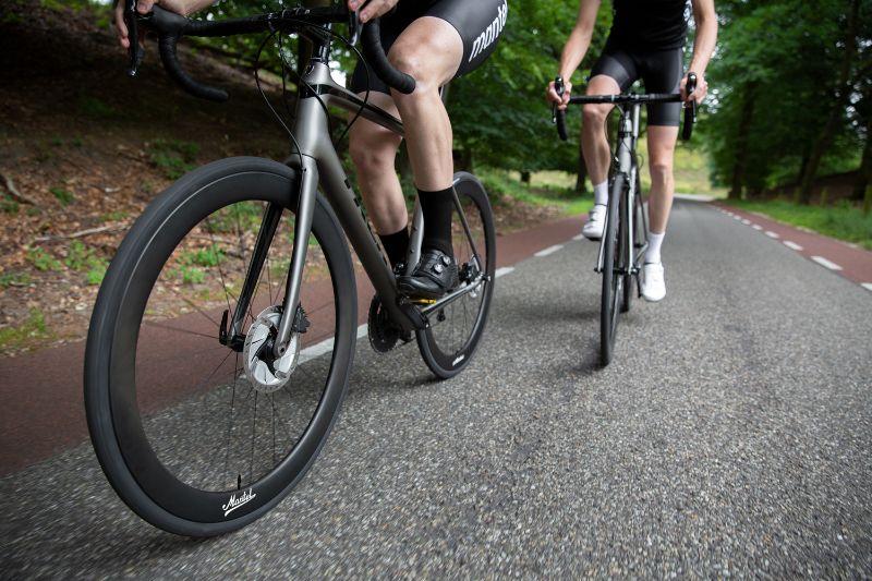 Dankzij de betere lagers kun je nu veel langer blijven rollen met je Mantel carbon wielen.