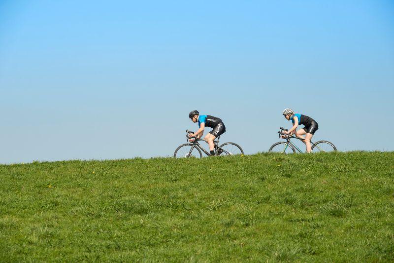 Met goede fietskleding is het een heel stuk fijner fietsen.