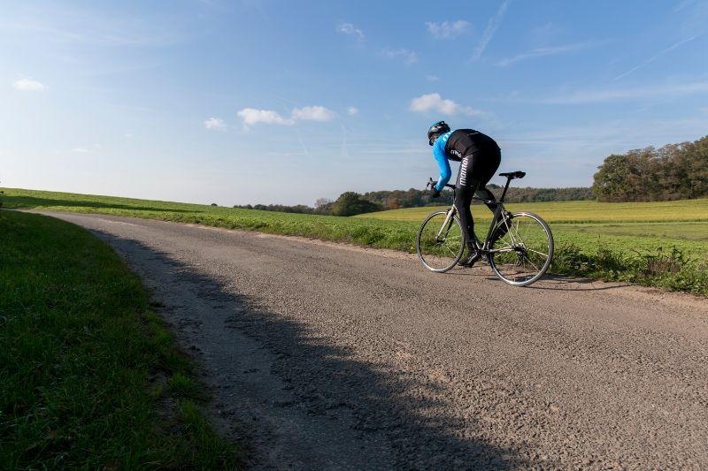 Un entraînement de sprint peut être très dur, mais cela n'empêche pas qu'il vous rende plus fort.