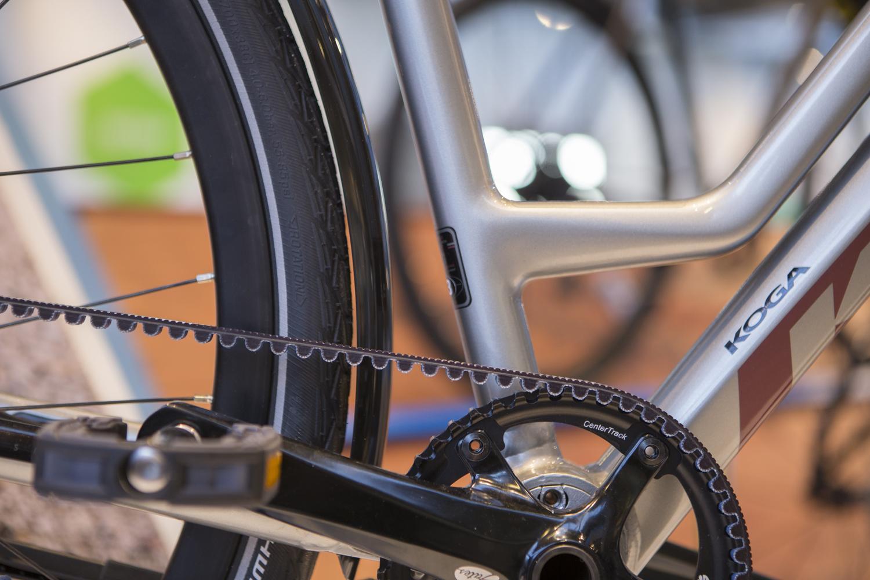 Die Wartung ist bei einem Fahrrad mit Riemenantrieb sehr einfach, du brauchst nämlich gar nichts zu tun.