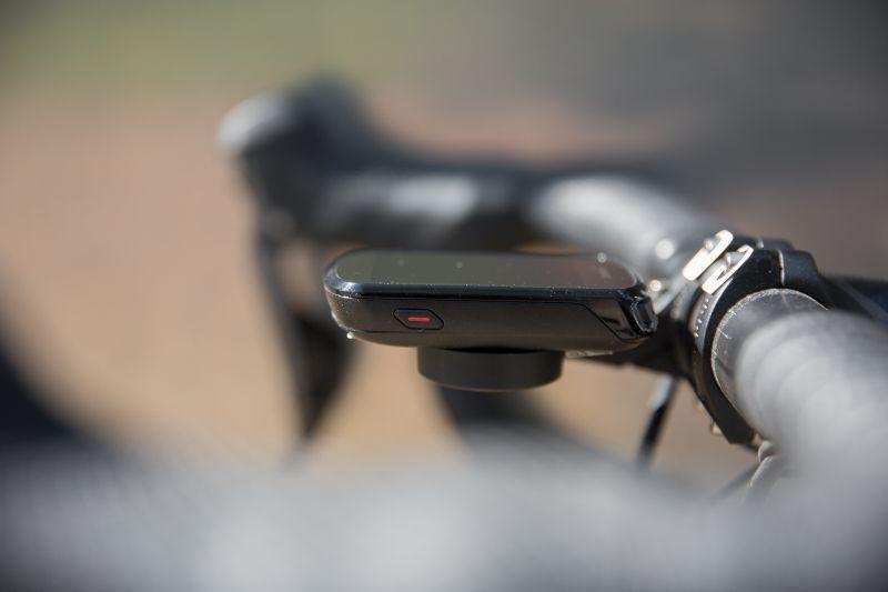 Stuitert je Garmin ondanks de oerdegelijk mount toch eens van je fiets? Dan kun je hem met Find My edge makkelijk terugvinden.