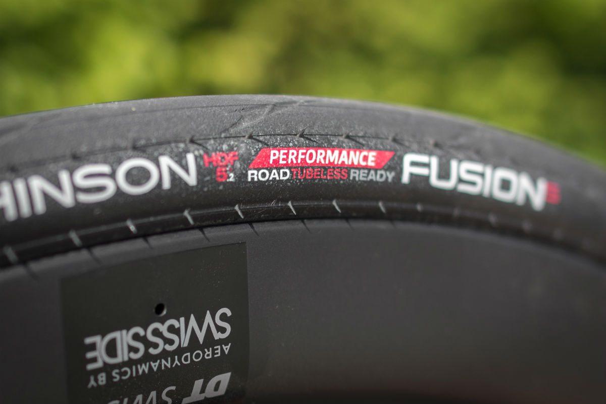 De Hutchinson Fusion 5 racefietsband is een ideale band om tubeless te rijden.