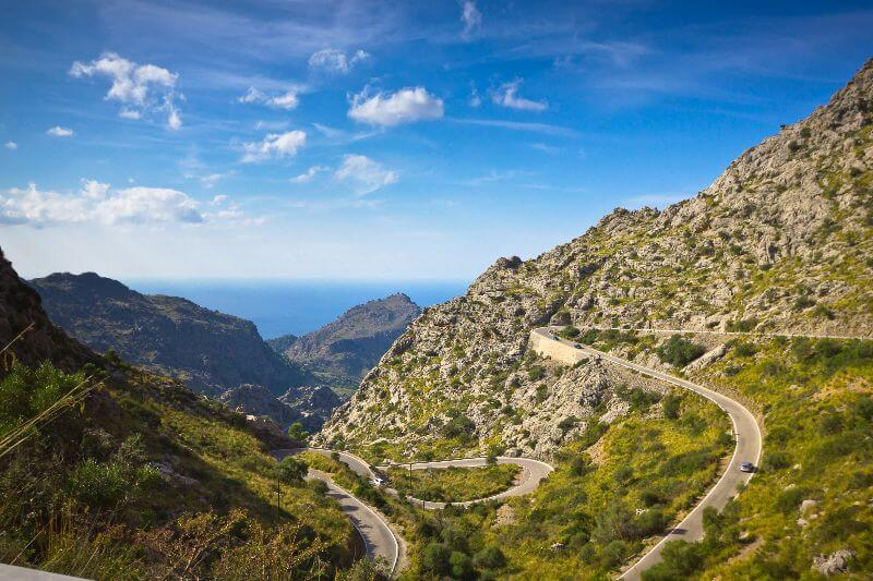 Sa Calobra doesn't come near these extreme gradients, but it is a tough climb.