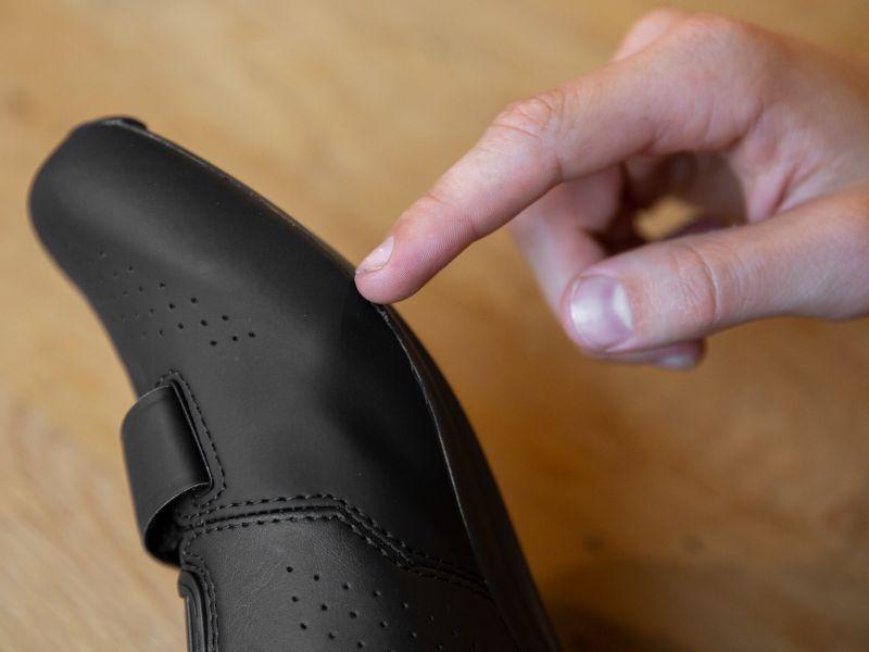 Det är bäst att markera var framfoten befinner sig i din sko.