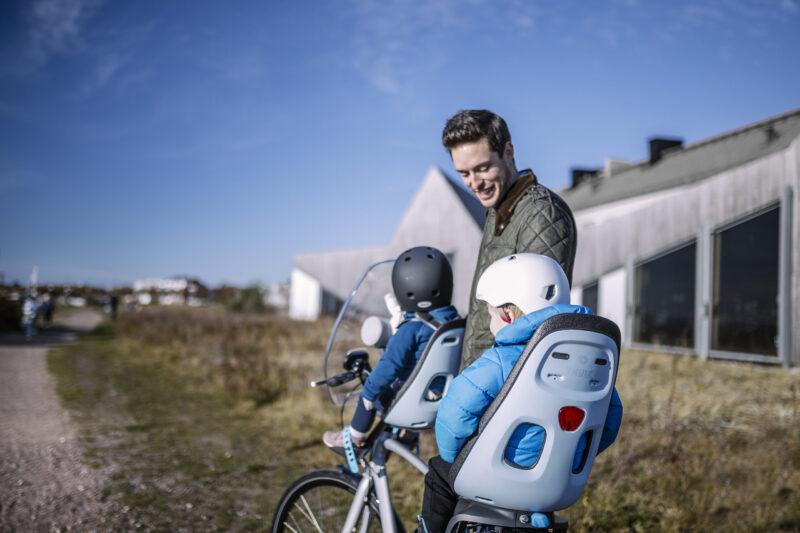fietsstoeltje voor en fietsstoeltje achter