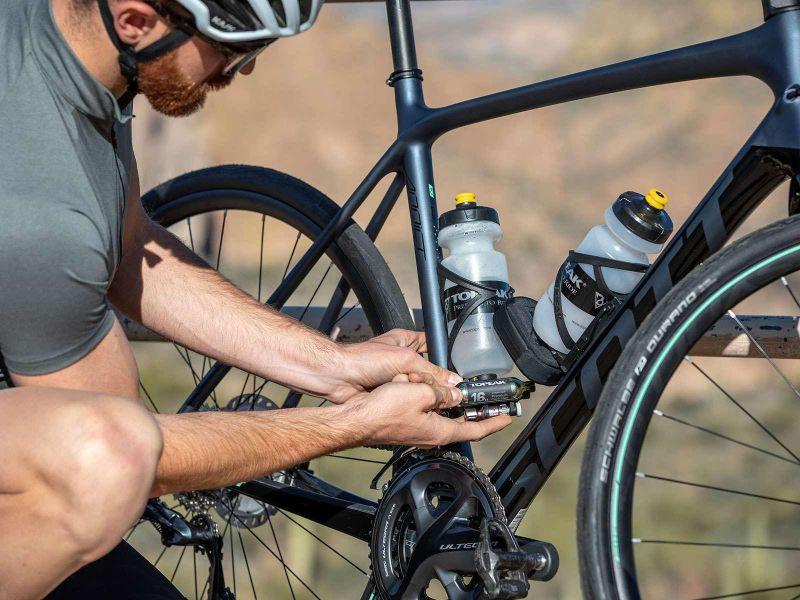 Niet te vergeten, er kan ook een Topeak Ninja Fuelpack met CO2 patronen gemonteerd worden.