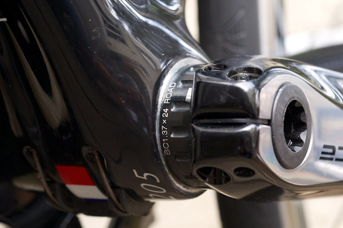 This bottom bracket clearly shows you on the outside what bearings have been fitted to the bike.