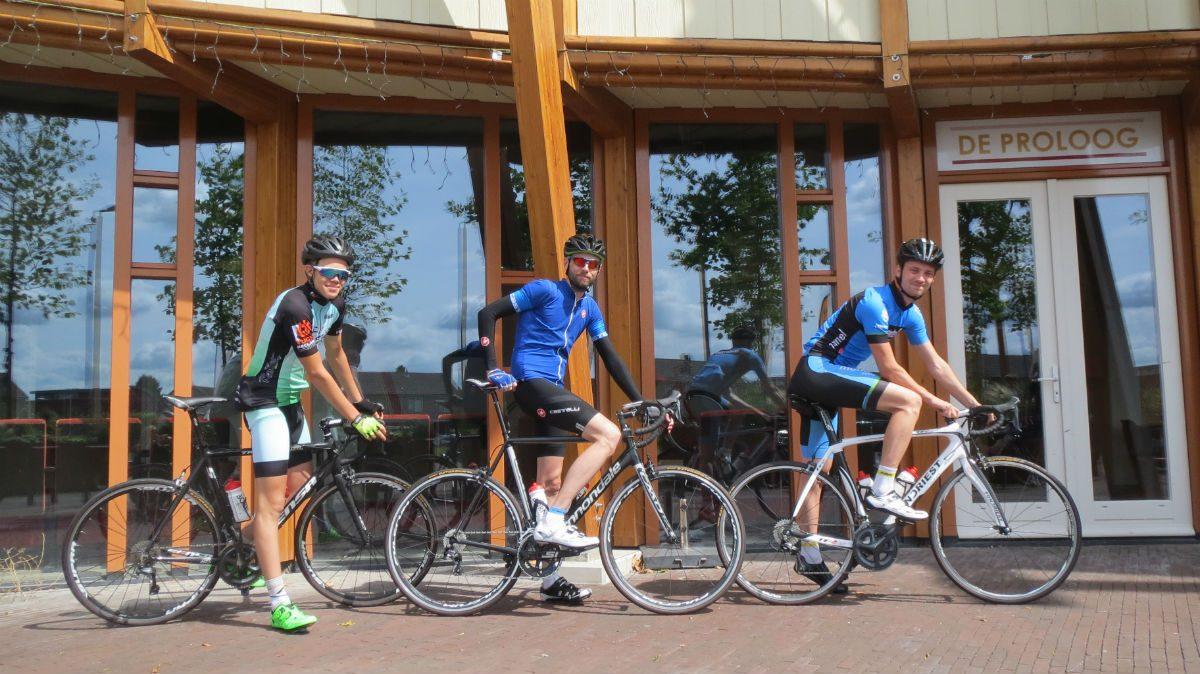 Continental Gatorskin - Martijn, Siem en Remi, klaar voor vertrek...
