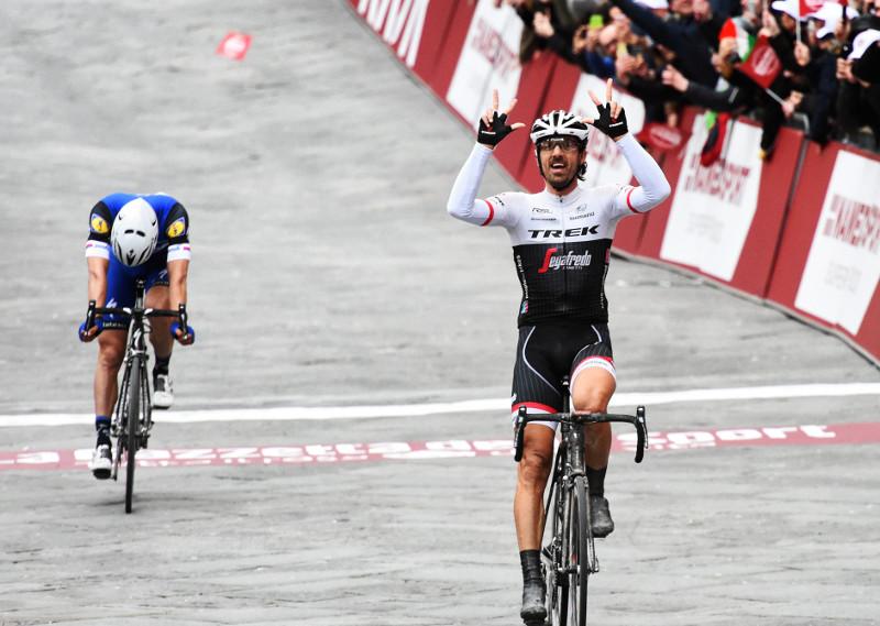 Fabian Cancellara wint de Strade Bianche in 2016