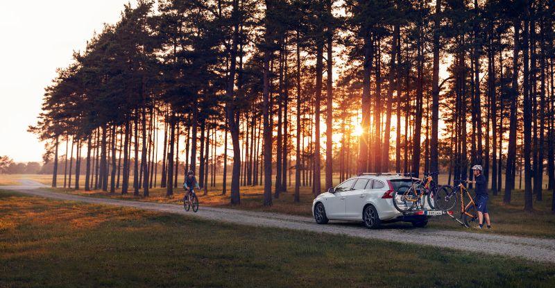 Na een lekker lange fietsdag even de fietsen op de fietsdrager en naar huis...