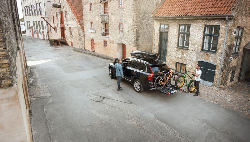 Heb je hele lang fietsen die ver uitsteken? Geen probleem zolang je niet meer dan 20 centimeter uitsteekt aan beide kanten.
