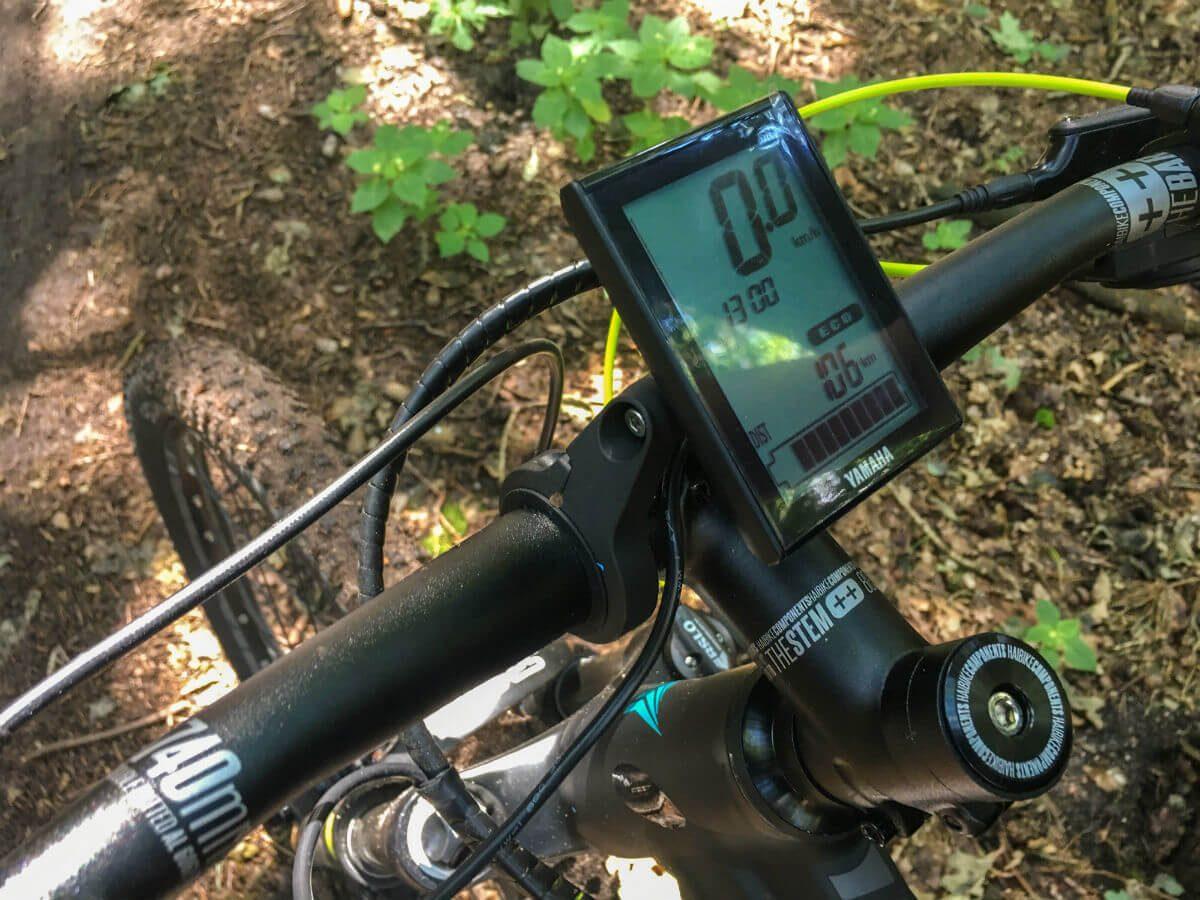 Het display op de Haibike elektrische mountainbike is duidelijk en behoorlijk accuraat in het bereik.