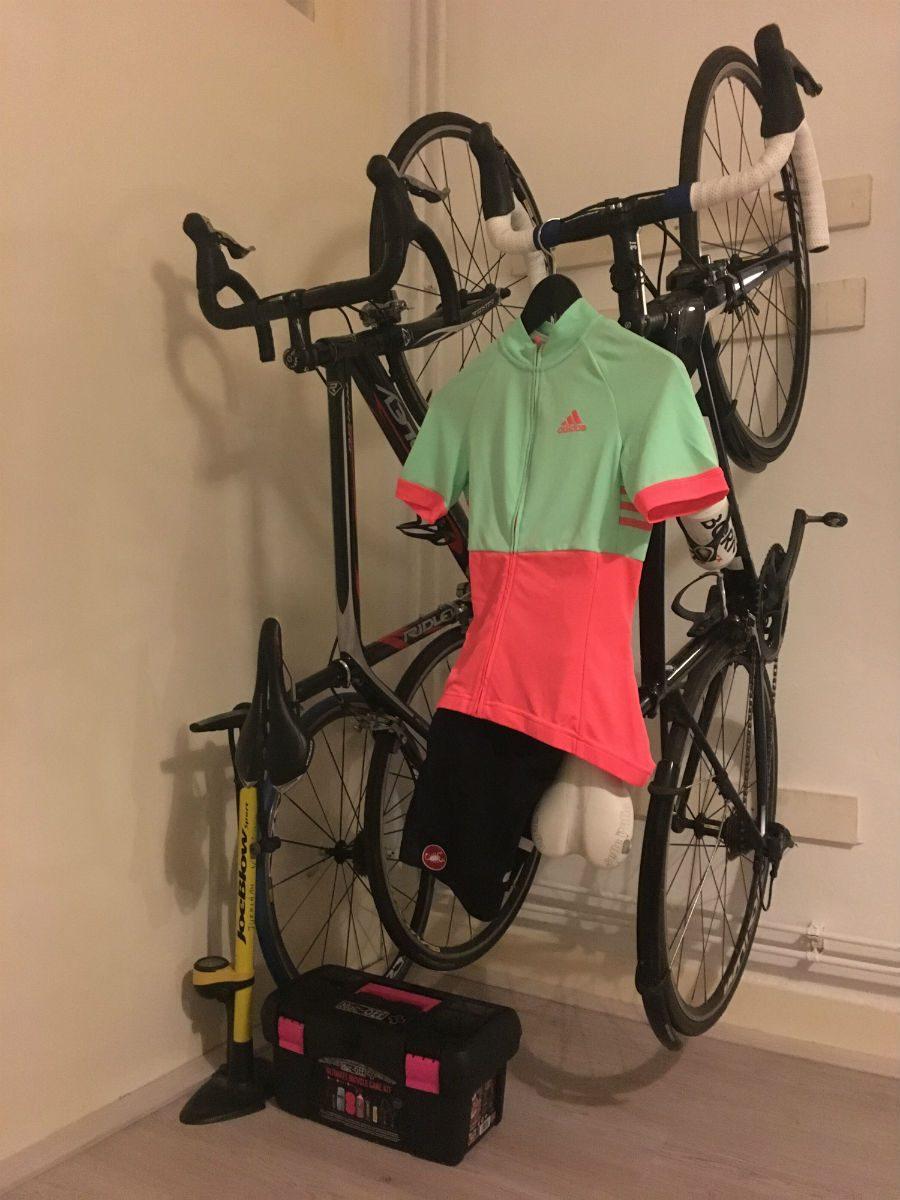 Mirthe's cycling wardrobe