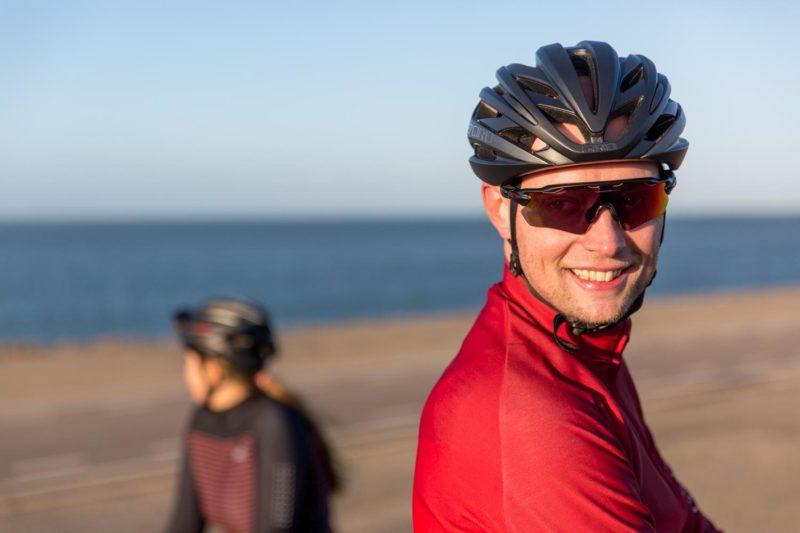 Veel modellen van de fietsbrillen van Oakley kunnen op sterkte geslepen worden.