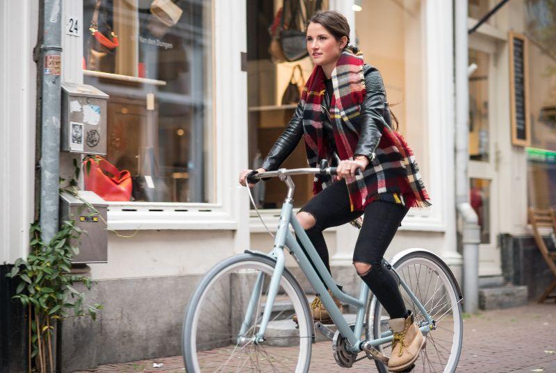 Als je tijdens het fietsen gekke geluiden hoort of merkt dat er iets niet lekker loopt, dan is het tijd voor een onderhoudsbeurt.
