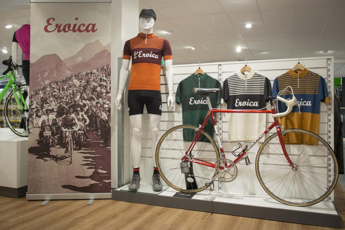 Santini Eroica Collection Cycling Clothing From The Past Mantel
